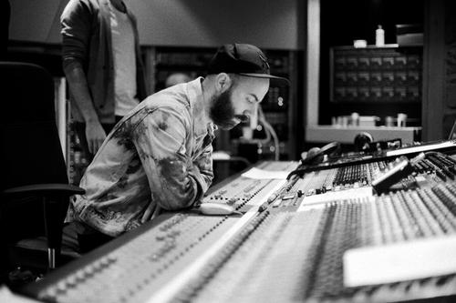 Woodkid++at+studio