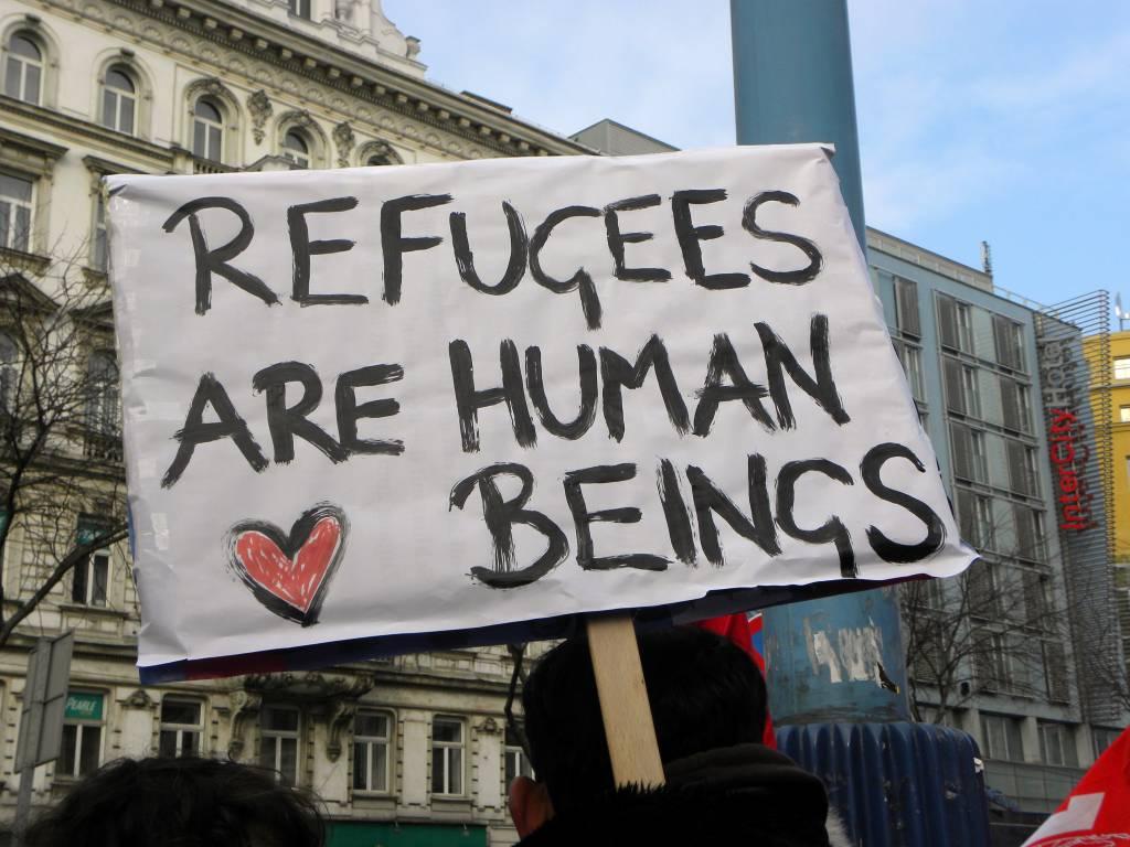 2013-02-16_-_wien_-_demo_gleiche_rechte_fur_alle_refugee-solidaritatsdemo_-_refugees_are_human_beings-1024x768