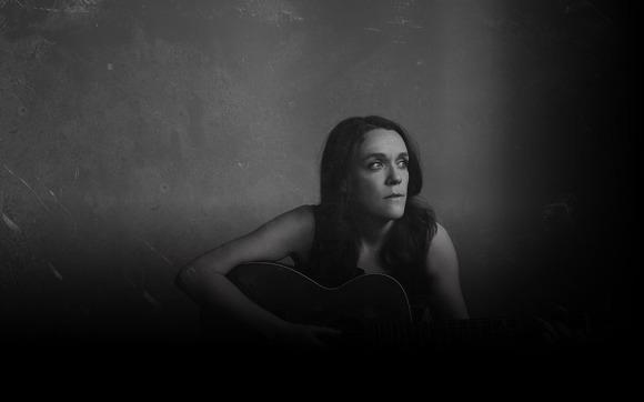 Lucy-wainwright-roche-2018